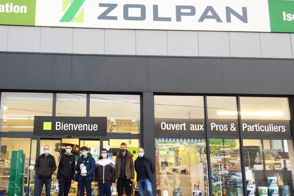 Don de l'entreprise de peinture ZOLPAN aux lycéens du Projet CAP Molène